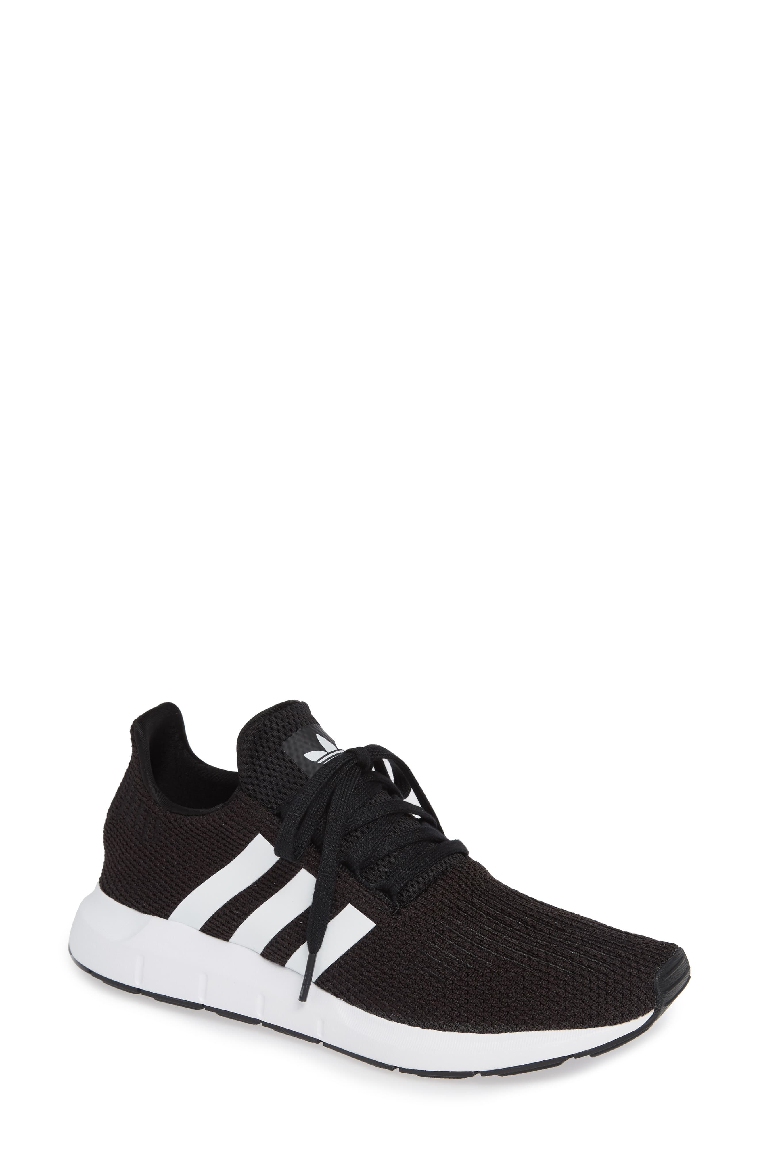 Women's Adidas Swift Run Sneaker, Size 5 Women's / 4 Men's M ...
