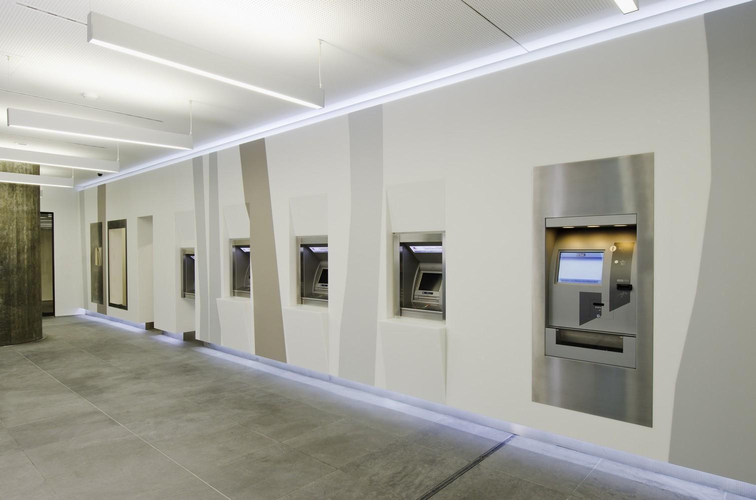 Baden Wurttemberg Bank Bw Bank Banks Office Retail Banking Design