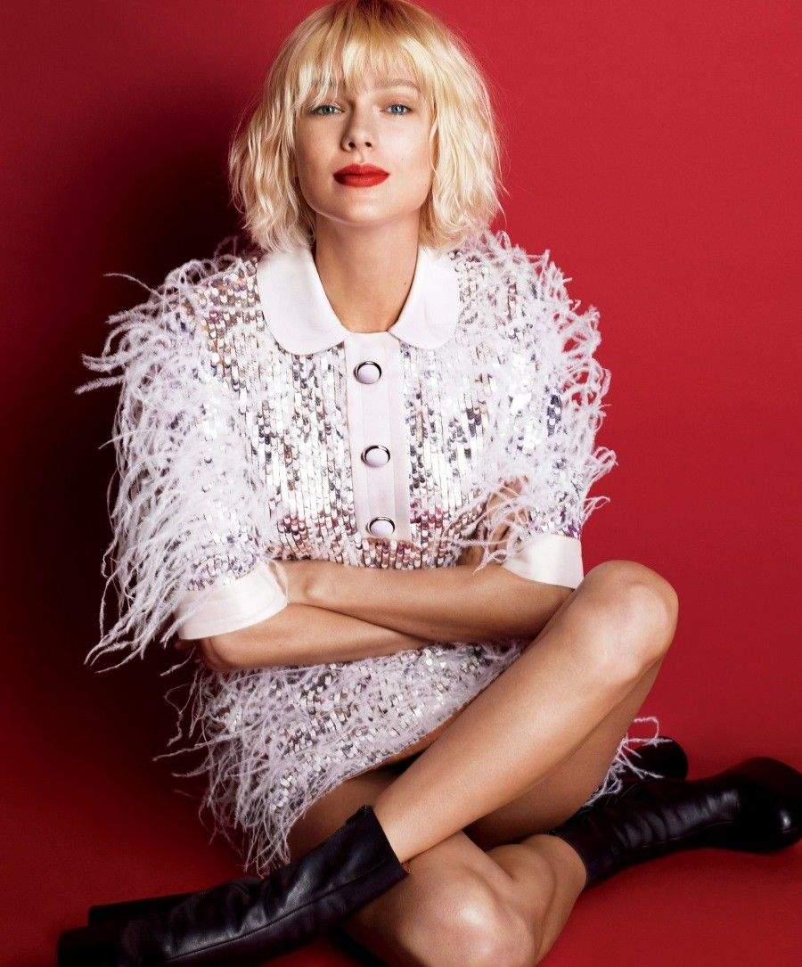 taylor swift rocks new hairstyle and lighter eyebrows for vogue