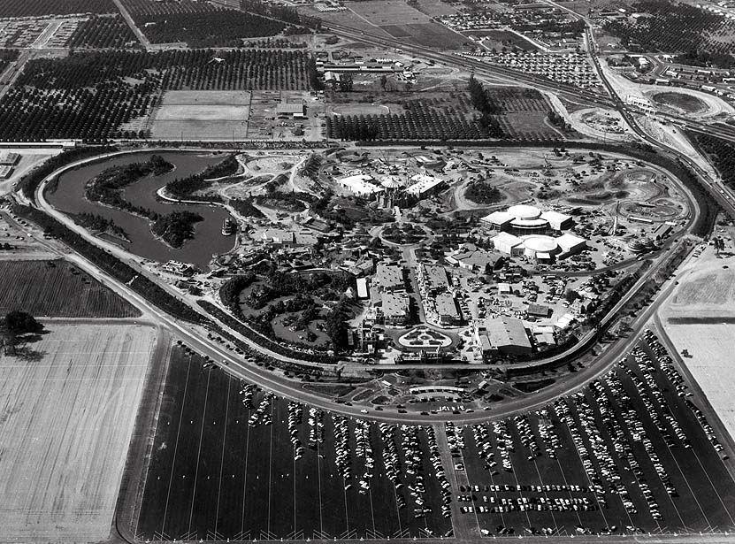 News From California The Nation And World Los Angeles Times Disneyland Opening Day Disneyland Disneyland California Adventure