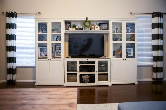 Modern Farmhouse Family Room Ikea Liatorp Entertainment Center Source Lightsabersandlollipops M Family Room Farmhouse Family Rooms Trendy Living Rooms