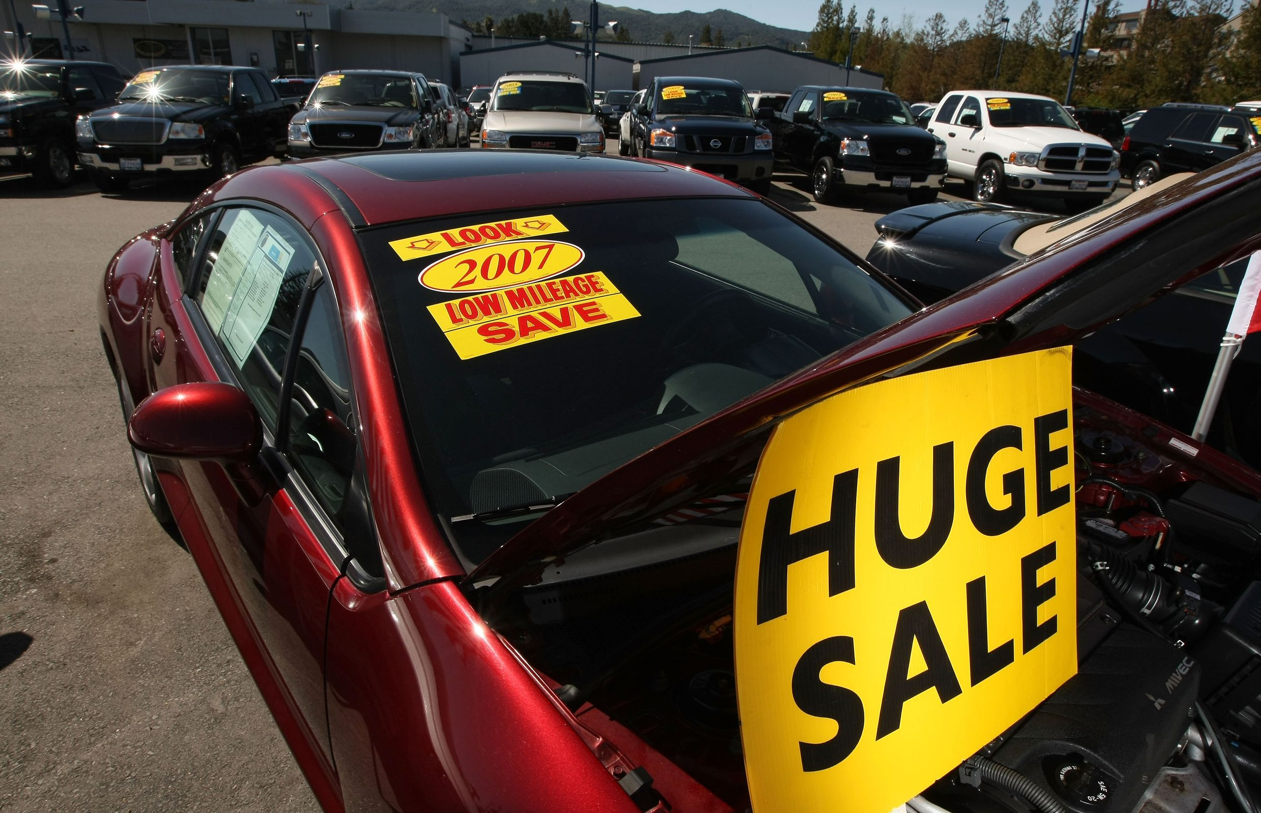 Top 10 smart questions to ask your used car dealer   Car Buying ...