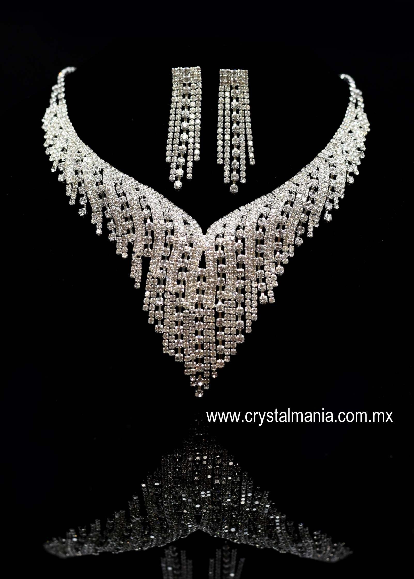 eb43aed575db Collares cristal collares pedreria collares con perlas collares moda ...