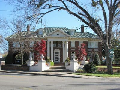 The Skelly Mansion Built In 1923 When Tulsa Truly Was The Oil Capital Of The World Mansions Tulsa Time Tulsa Oklahoma
