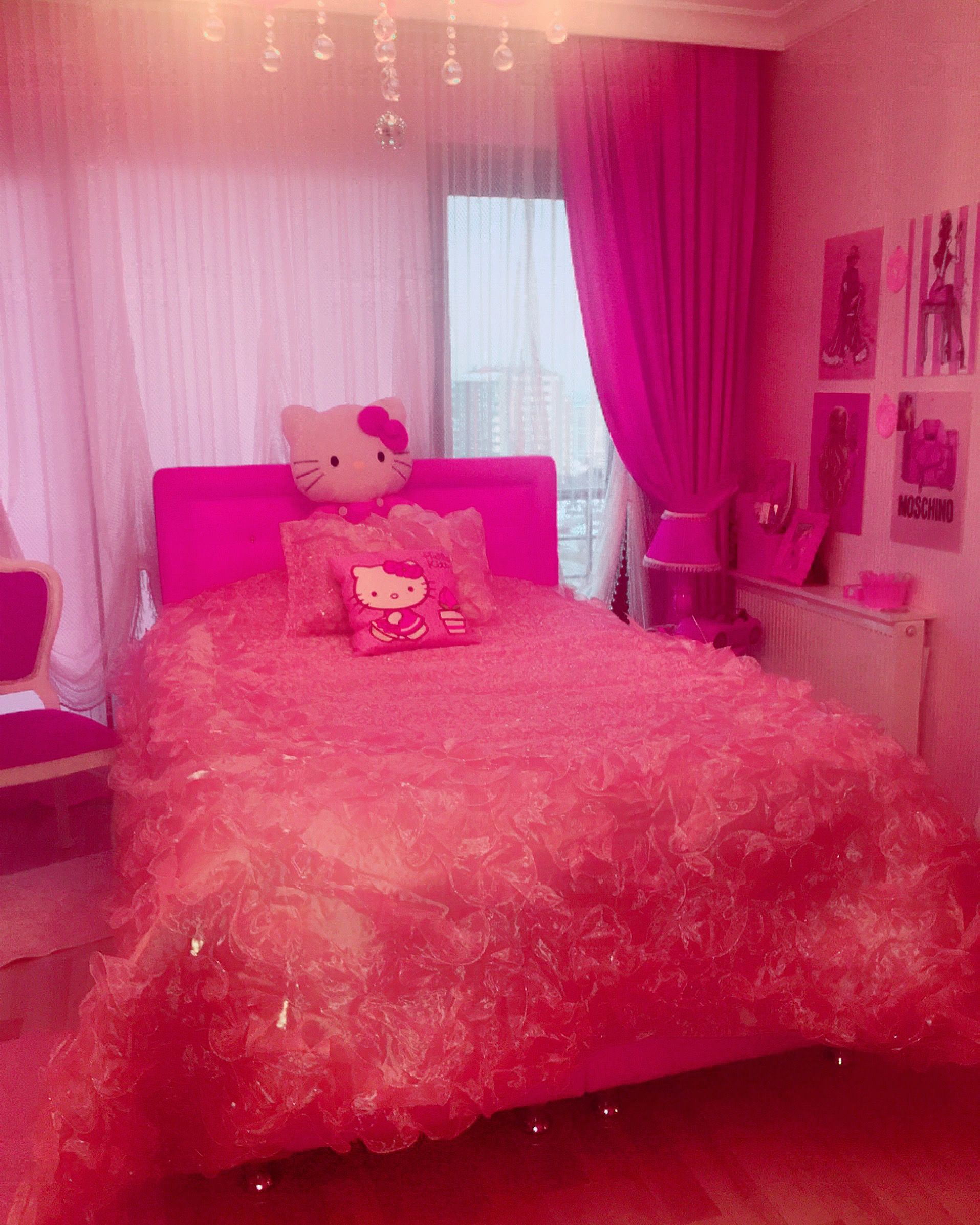 Pin By Beautiful On Pink Pink Bedrooms Girl Bedroom Designs