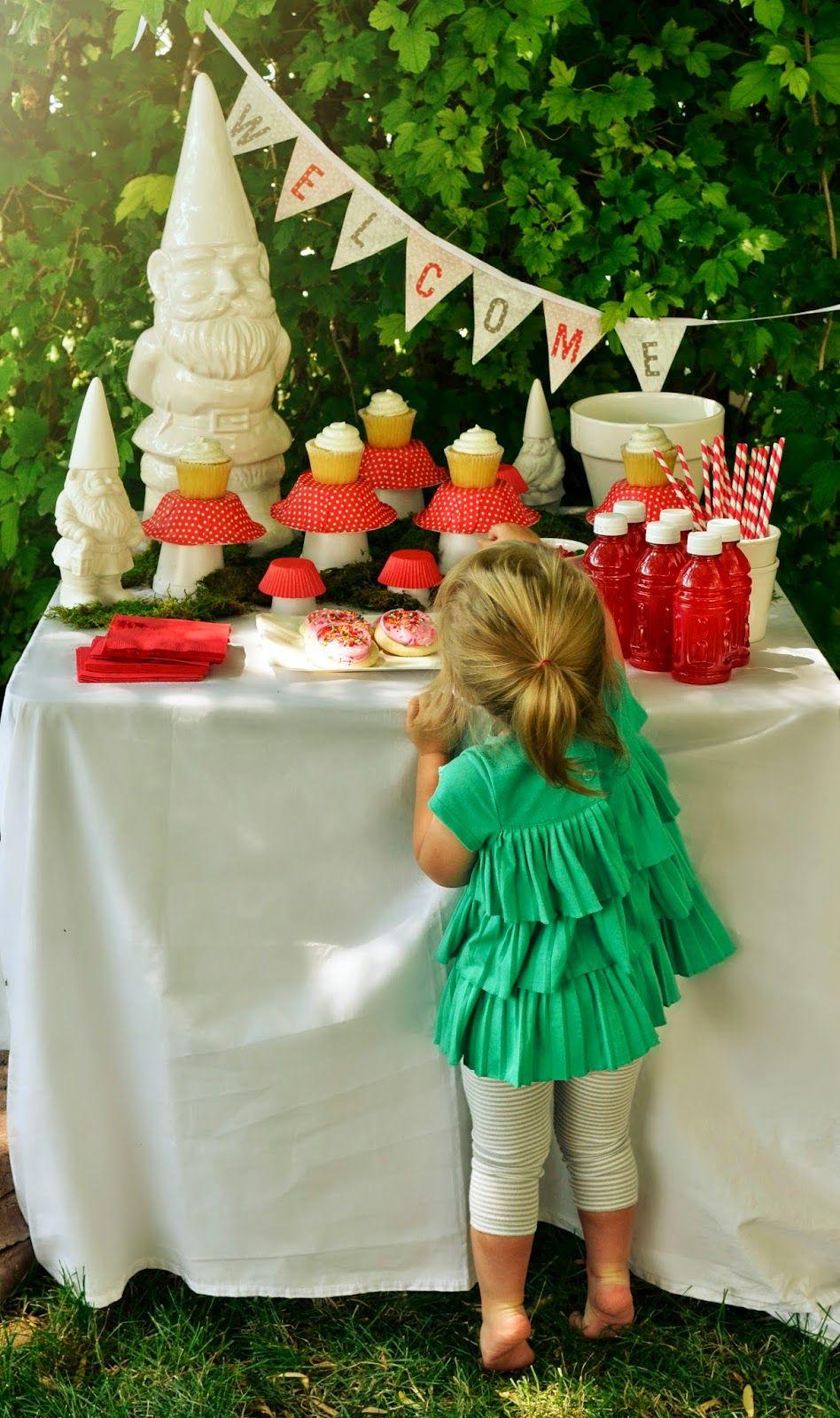 Hazel & Ruby Blog | Garden Party >>> DIY Mushroom Party Decor ...