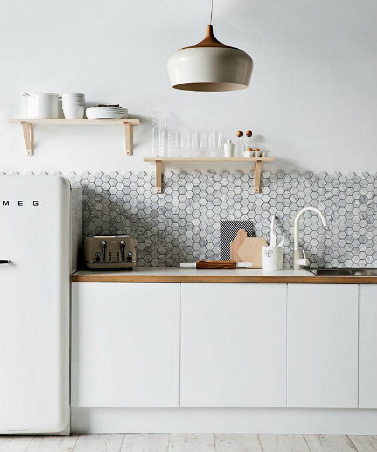 Alicatado de mosaico revestimientos hexagonales suelos y - Alicatado de cocinas precios ...