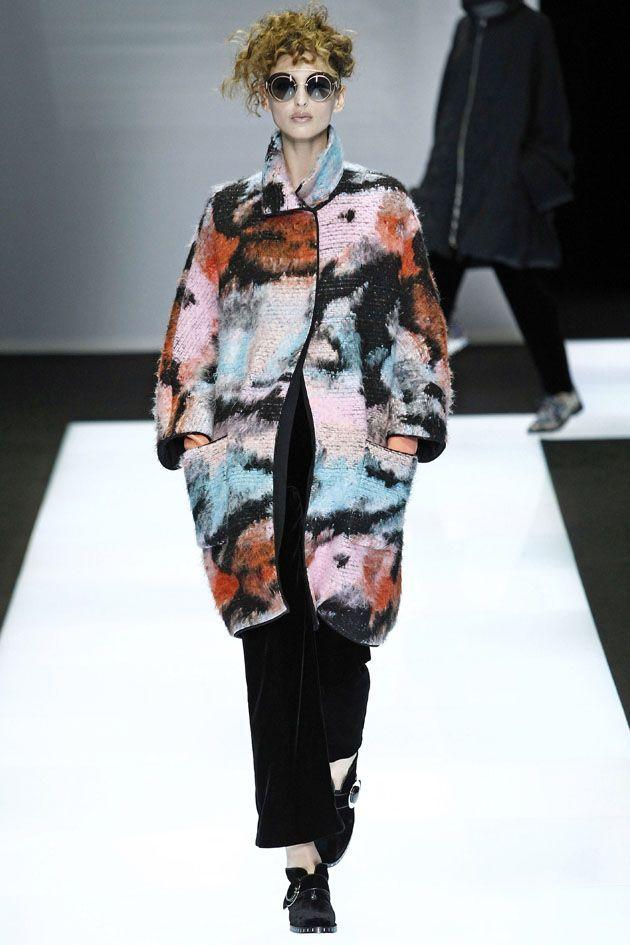 7977e577b4738 Giorgio Armani outono-inverno 2016 17   Fashion Trends Winter 2016 ...