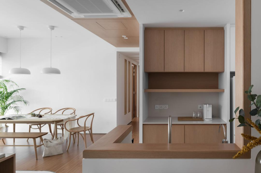 A Muji Inspired Home That Embraces Slow Quality Living Japanese Home Design Minimalist Home Interior Living Room Japanese Style