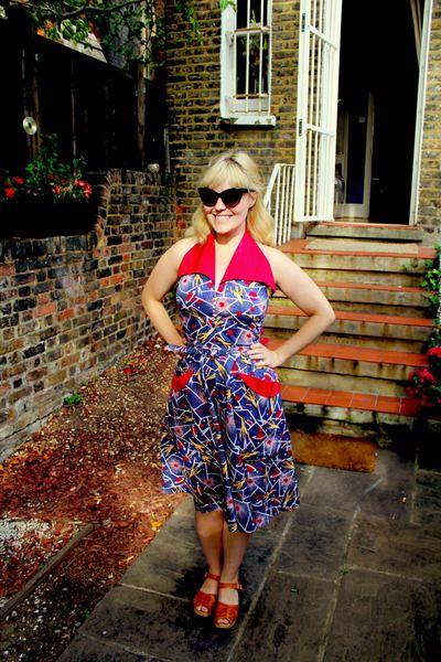 6498af7e006 Rocket Ship Dress. More here  http   laflaneusecharmaine.blogspot.co