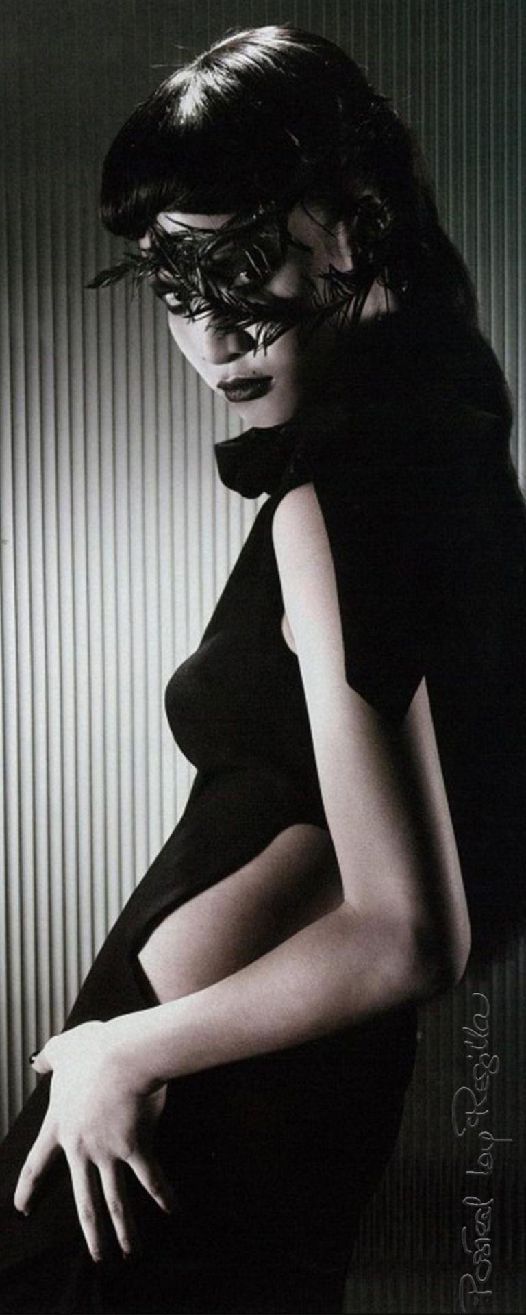 Regilla ⚜ Picture of Lanna Hiranyalekha