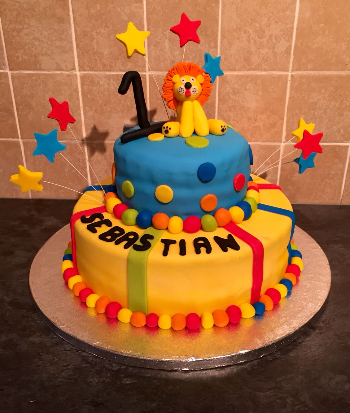 Still learning, Again so many errors that could have been corrected the time! #birthday cake #colourful