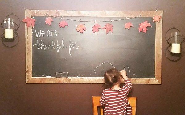 #chalkart #chalkboardart #chalkboard #fallactivities #toddleractivities #falltraditions