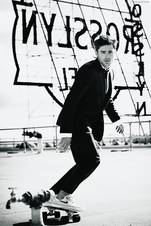 Zac Efron: Photoshoot - 2014 InStyle