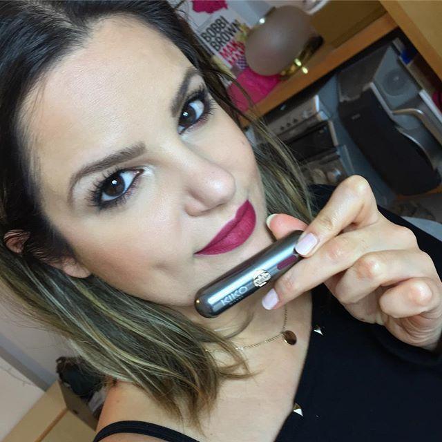 Testing The New Unlimited Stylo N 19 Lipstick Kiko Kikotrendsetters Unlimitedstylo Bordeaux Lipswatch Beautya Beauty Addict Beauty Junkie Insta Makeup