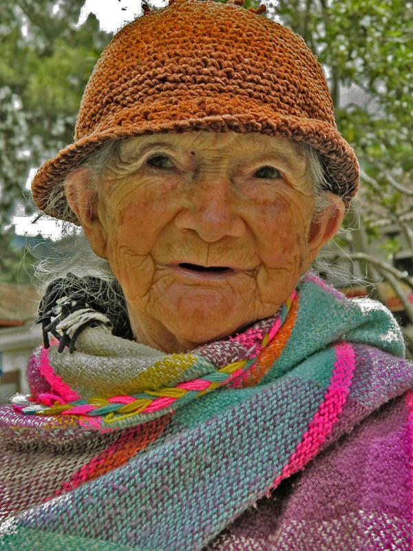 D.J. Leal Ramón, PLACIDEZ Y BELLEZA DEL OCASO, Pamplona-Colombia,09 Abril 2012,El paso de los años resalta la belleza.    Sube tus fotos hasta el 30 de junio de 2012