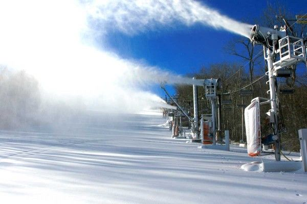 Cold temperatures are back and snowmaking is underway at