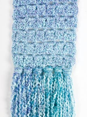 Easy scarf with an interesting pattern, finished this one while ...