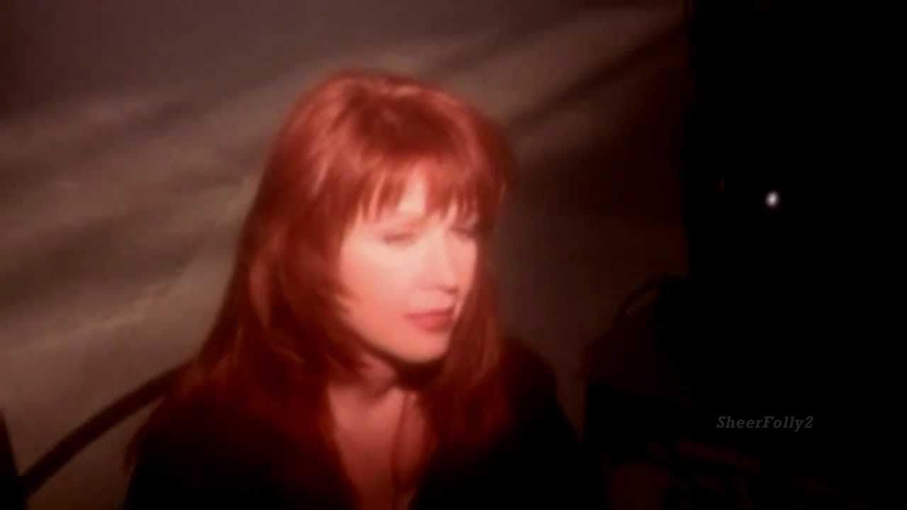 Patty Loveless How Can I Help You Say Goodbye 1994 Video Stereo Wid Born January 4 1957 Country Music Videos Singer Happy Song