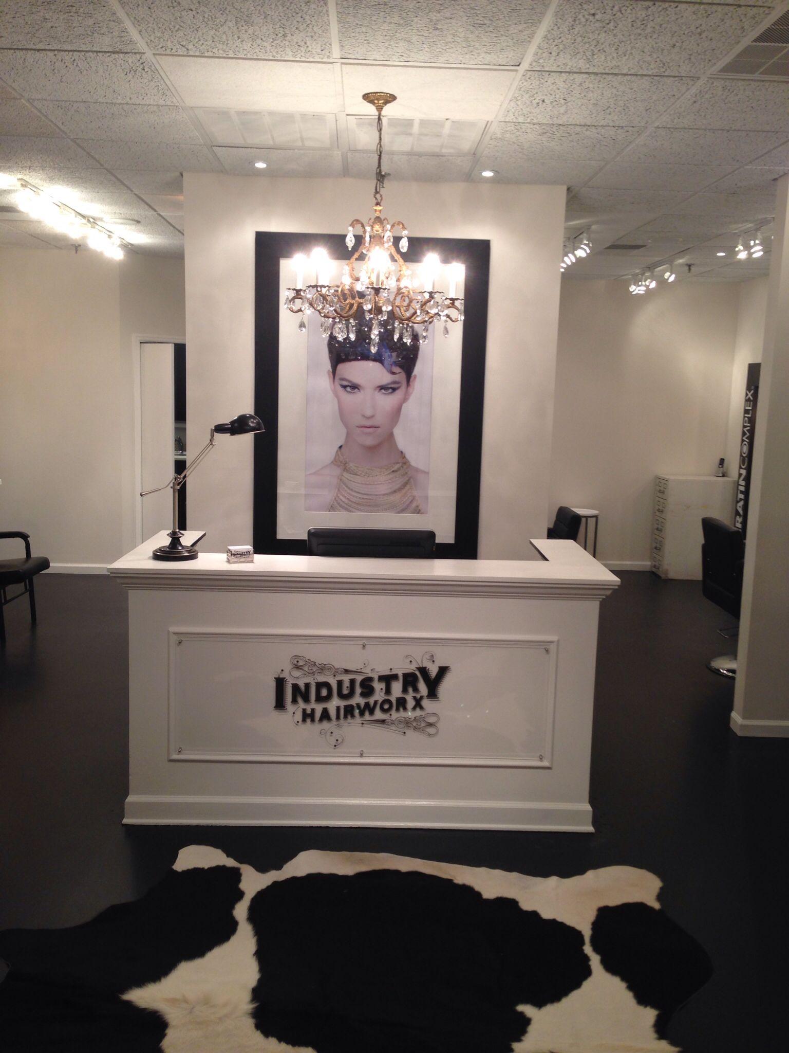 Front desk Boutique InteriorSalon InteriorPedicure salon ideasSalon