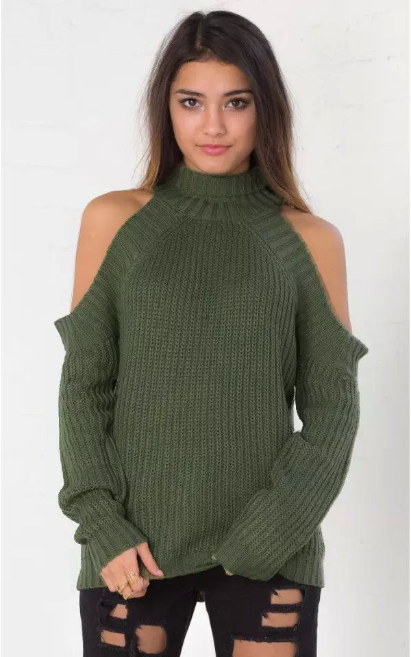 Shoulderless Sweaters. Fall. Fall fashion. Fall style. Fall collection. 56de67994