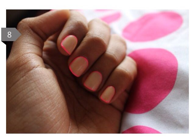 Hot pink outlines nails