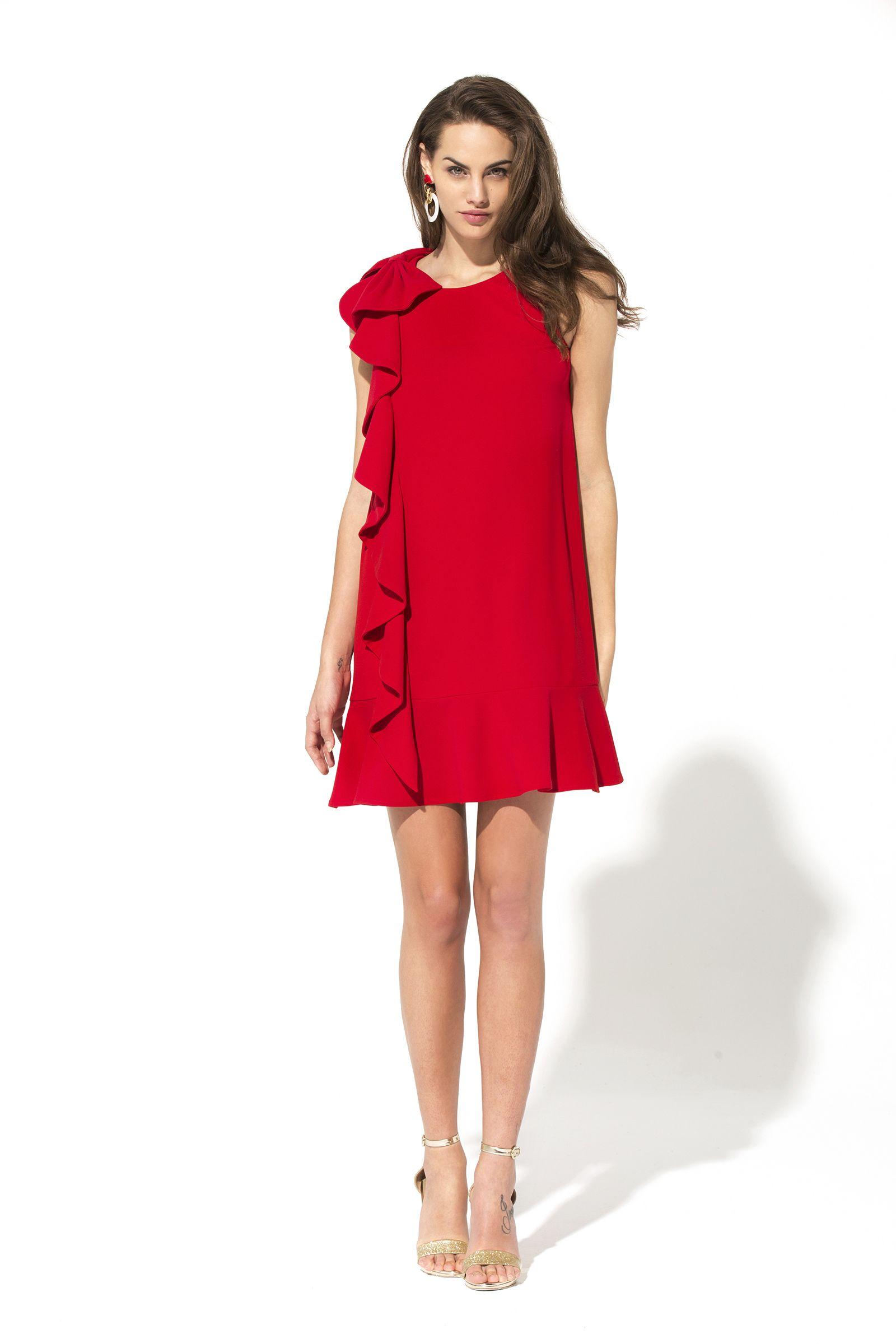 Vestido ma petite robe rouge   MIS FAVORITOS   Pinterest   Petite ... c6a2966215c3