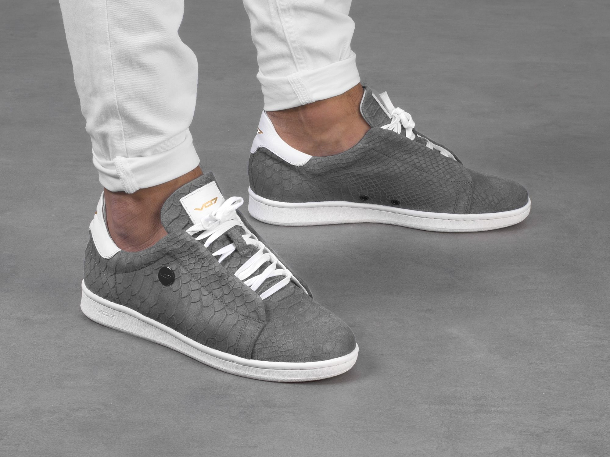 VO7 Onyx Grey | shoes | Chaussures bleues, Baskets et