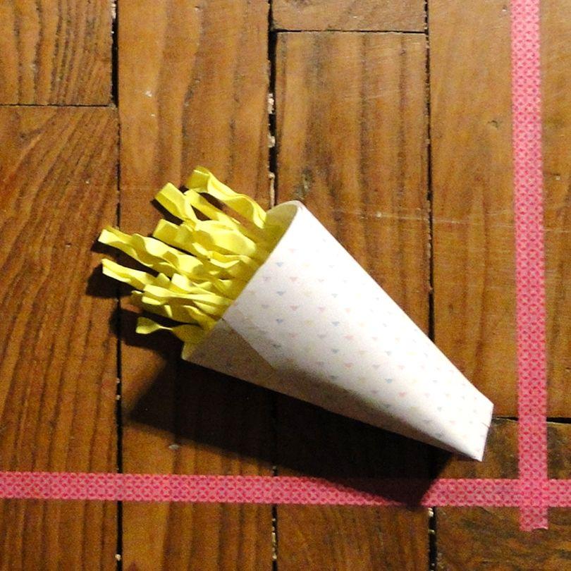 Cornet de frites papillotes en papier tutos origami for Des cartons pour demenager