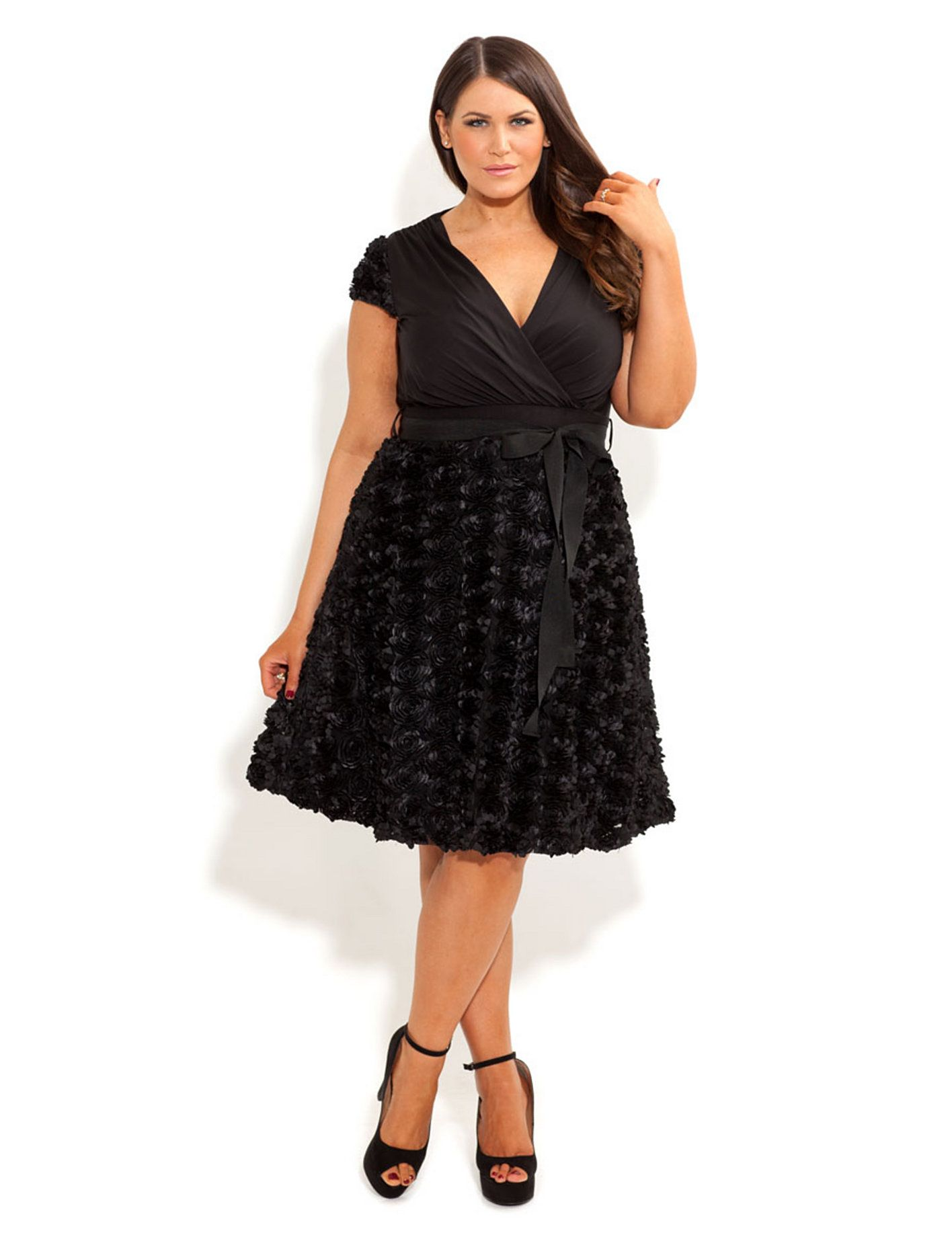 Plus size bridesmaid dresses dresses for wedding guests for Dress for plus size wedding guest