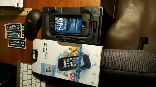 Lifeproof nuud iphone 5s case https://t.co/SO6UWLIkmb https://t.co/8xqgx3XCBG