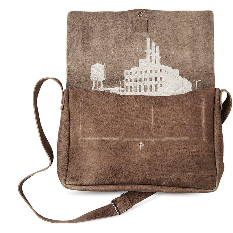 schoudertas Big Business | bigger bags | grote tas | dames tas | mode accessoires | womens fashion accessories | Keecie.nl