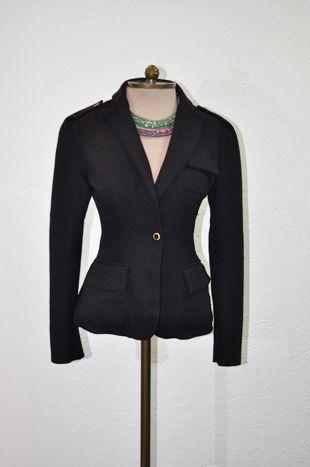 blazer-preto-acinturado