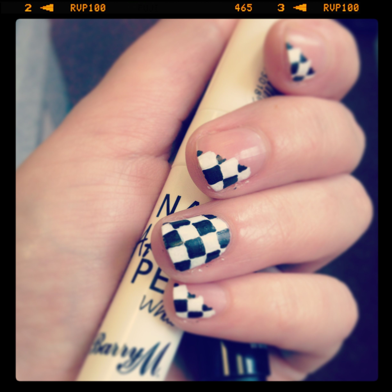 Pins check out www mynailpolishobsession com for more nail art ideas - Formula 1 Grand Prix Checkerboard Nail Art