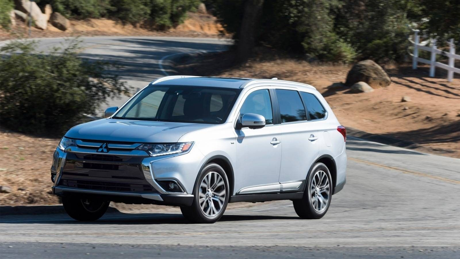 Awesome 2019 Mitsubishi Outlander Edmunds Concept Redesign And