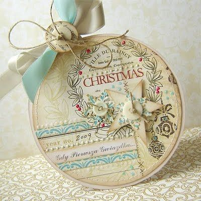 Beautiful Christmas card - I thought it was embroidery hoop art at