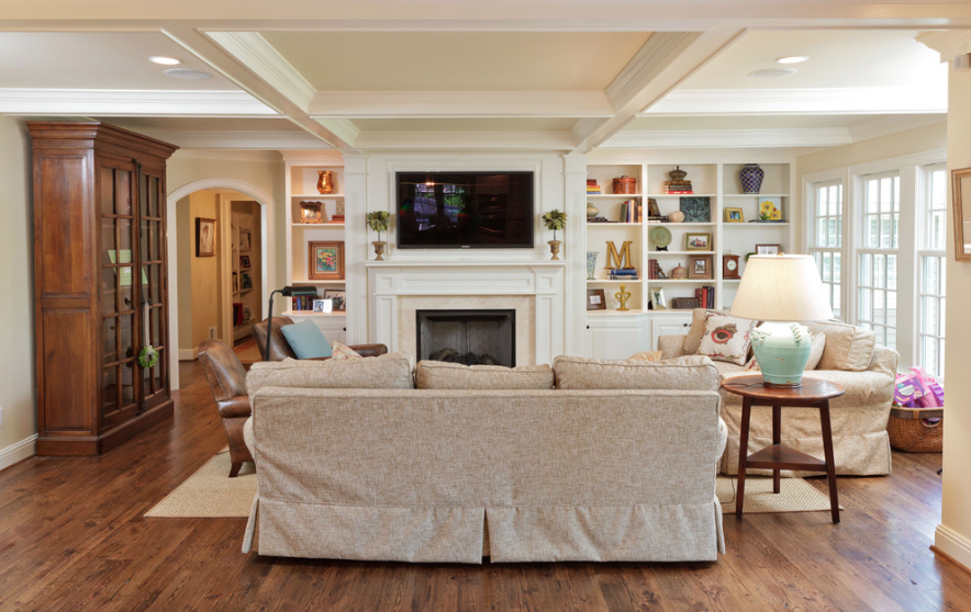Hanging your tv over the fireplace yea or nay family - Family room ideas with tv ...