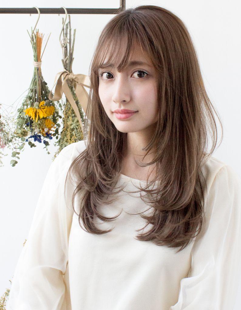 小顔レイヤースタイル As 178 ヘアカタログ 髪型 ヘアスタイル