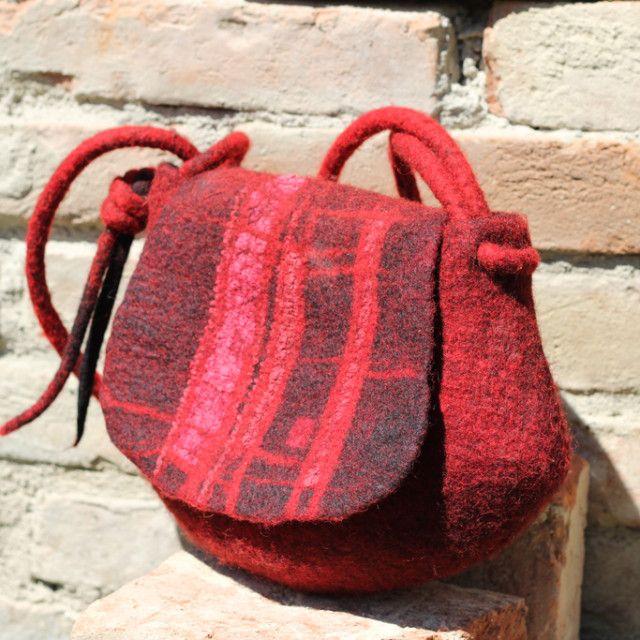 rot_07 | Filz Taschen / felted bags | Pinterest | Tasche filzen ...