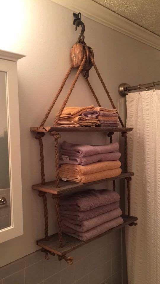 Hangend aan oude houten katrol handdoeken rek - Interior iDeas ...
