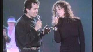 Alejandro Sanz Alejandro Fernández A Que No Me Dejas Vídeo Musical Letra De La Canción Y Karaoke Videos Musicales Canciones Karaoke