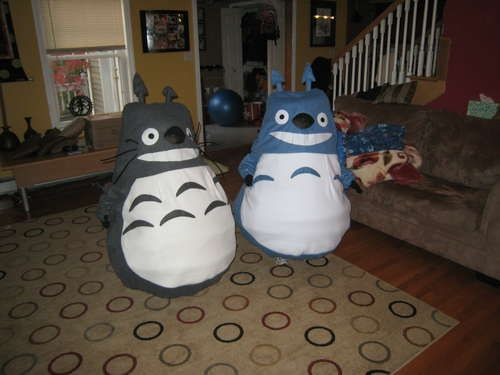 http://www.instructables.com/id/Youth-Totoro-Mascot-Costume/