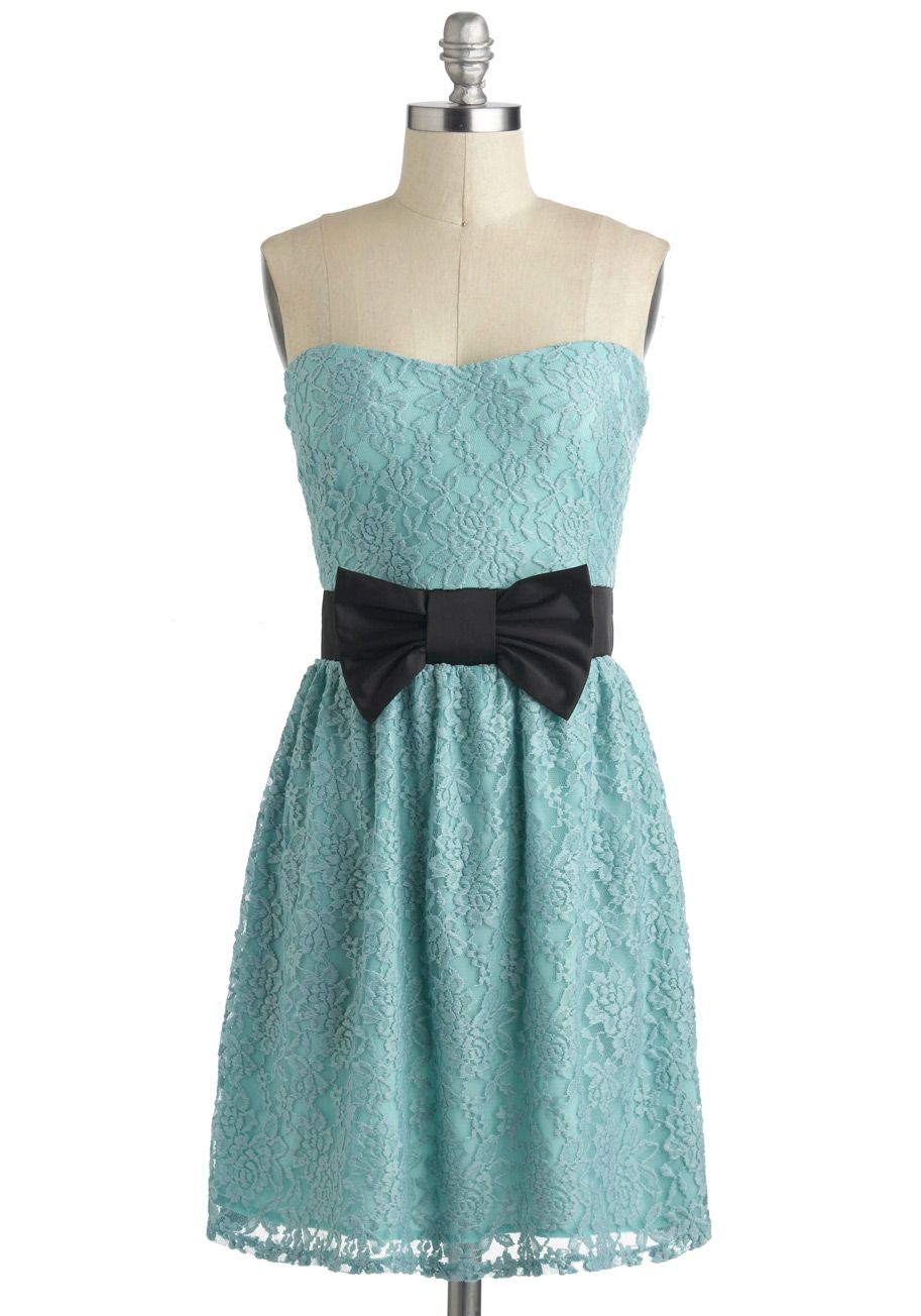Sleeveless Lace Fit and Flare Dress in Black | Mid length, Dress ...