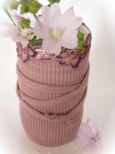 Vasi hand made, fatti riciclando le maniche di un maglione!