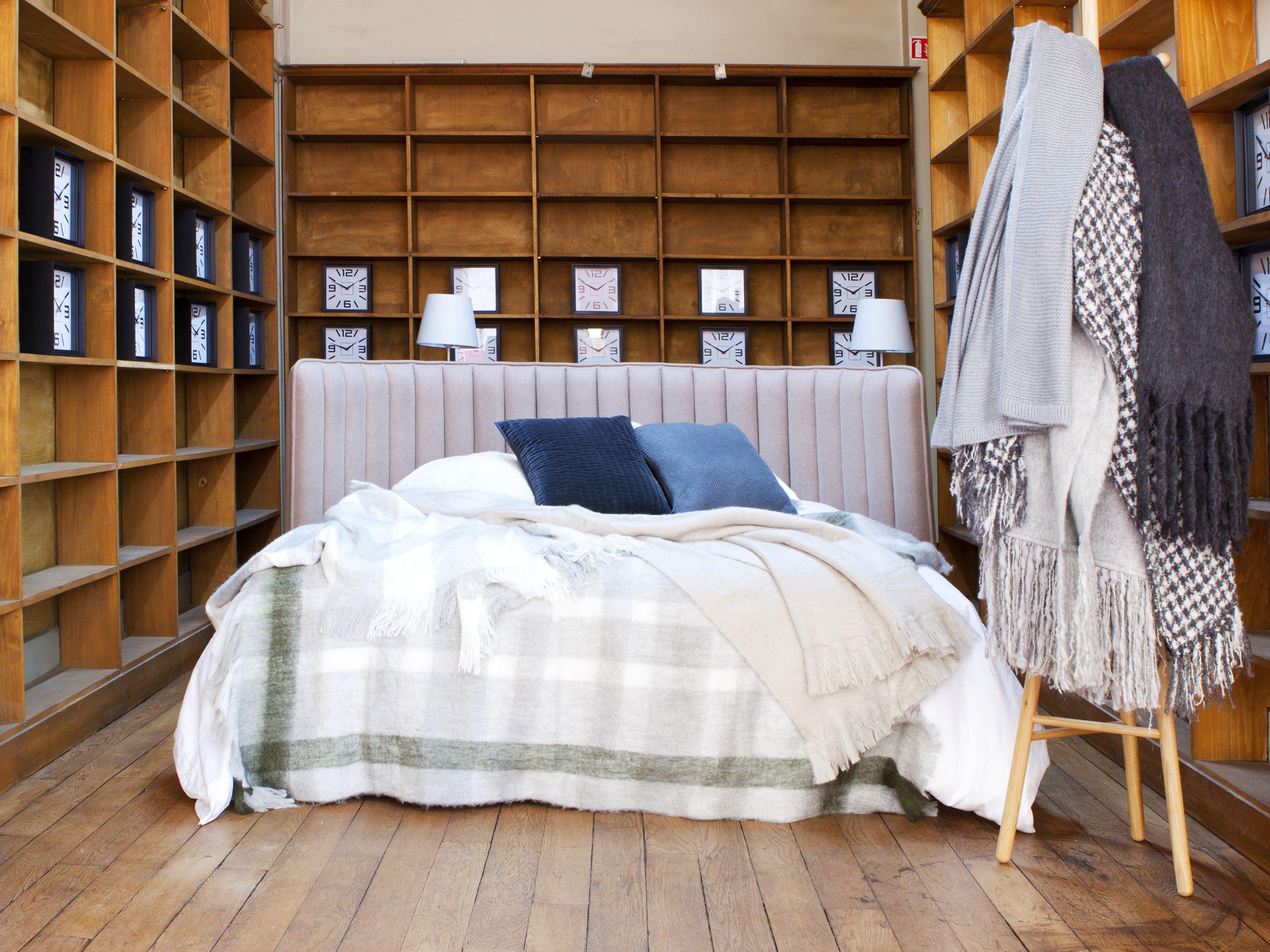 avec boudoir, le studio de design habitat réinvente la tête de lit