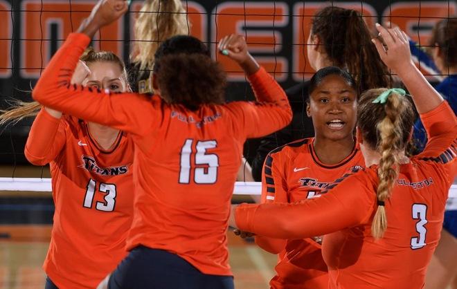 Women S Volleyball Announces 2019 Schedule Cal State Fullerton Athletics Women Volleyball Athletic Events Sports Women