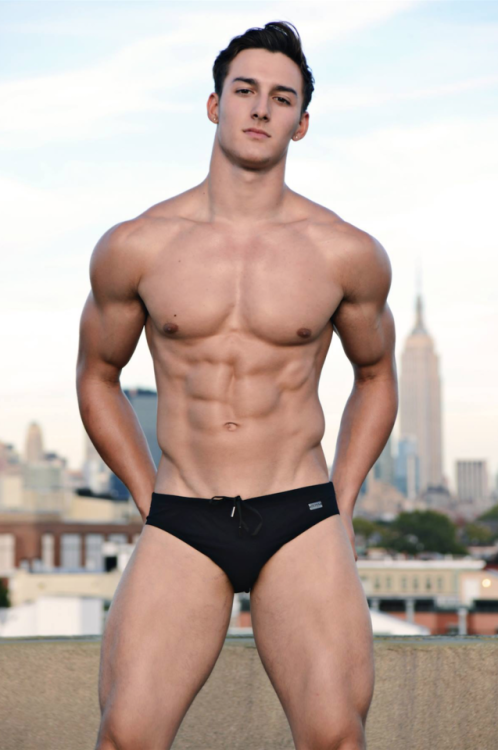 Justin Deroy Gay