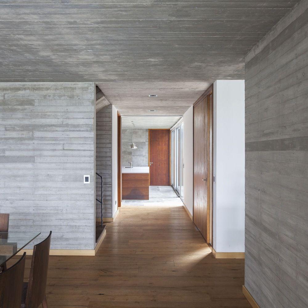 Four Ways To Better Interior Design Installations: Galeria De Casa 131 / Díaz Varela Sartor