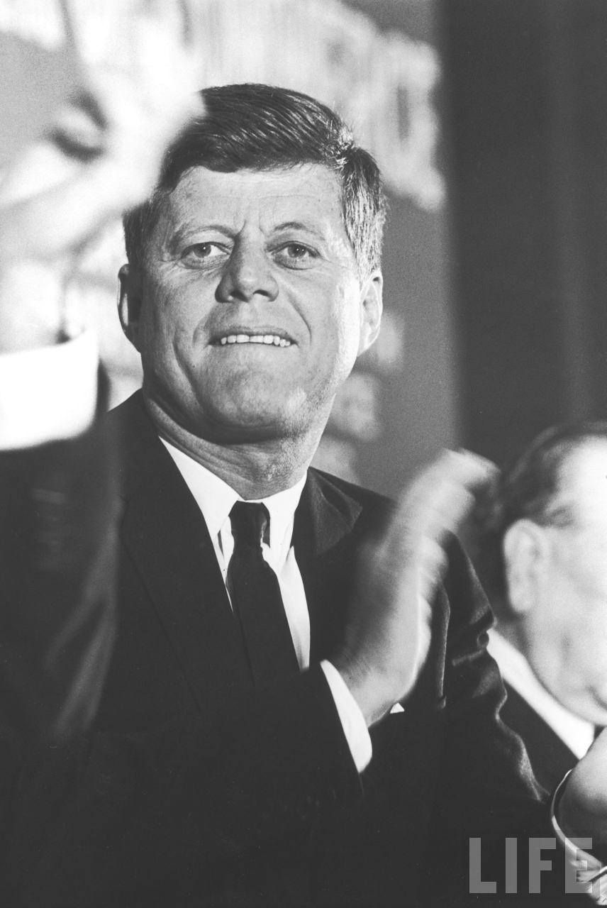 Before After 1963 Bi Level Remodeling In Boulder Colorado: 1963. 22 Novembre. President John F. Kennedy, Forth Worth