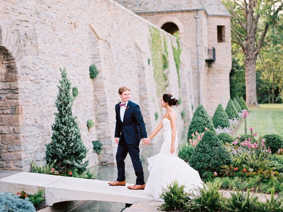 We Tapped A Bona Fide Wedding Venue Expert To Find Out Exactly How